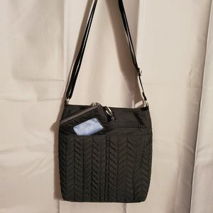 Baggallini crossbody with matching card holder